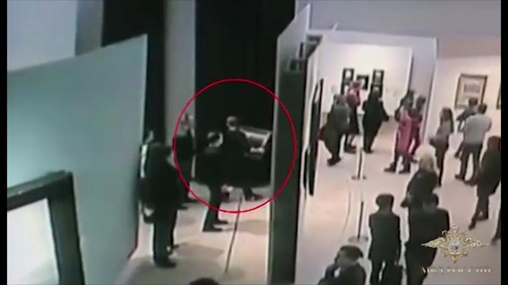 Мужчина спокойно унес картину Куинджи из Третьяковки: в безопасности ли ярославские экспонаты