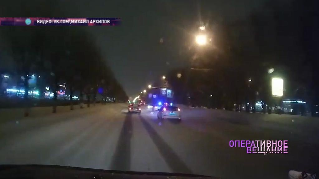 Три полицейских машины гонялись за подростком на «Жигулях»