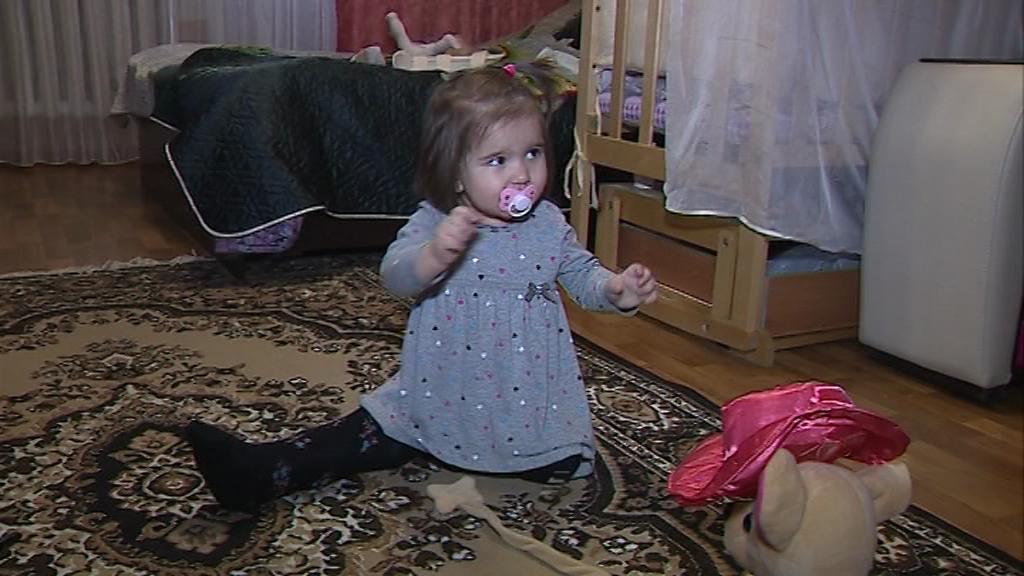 Малышке из Тутаева с редким заболеванием требуется срочная дорогостоящая операция в США