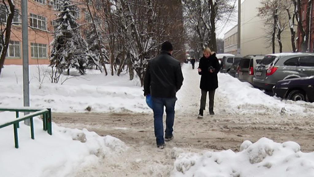 Снегоуборочная техника проигнорировала 150 ярославских дворов