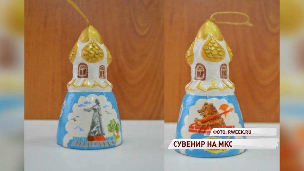 Алексей Овчинин возьмет с собой в космос колокольчик и сборник стихов