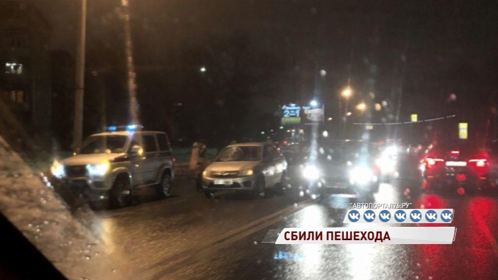 На Труфанова под колеса легковушки попал мужчина