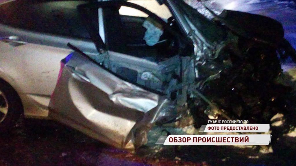 На трассе Ярославль-Любим столкнулись две легковушки
