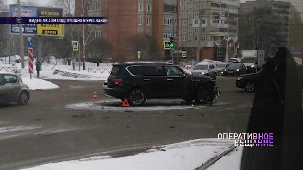 На Труфанова столкнулись внедорожник и седан