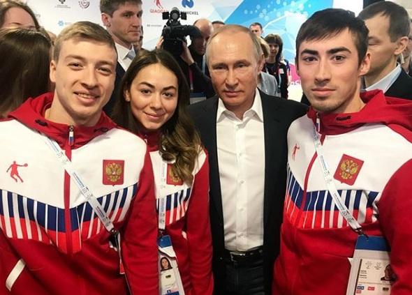Ярославские фристайлисты сделали фото с президентом России