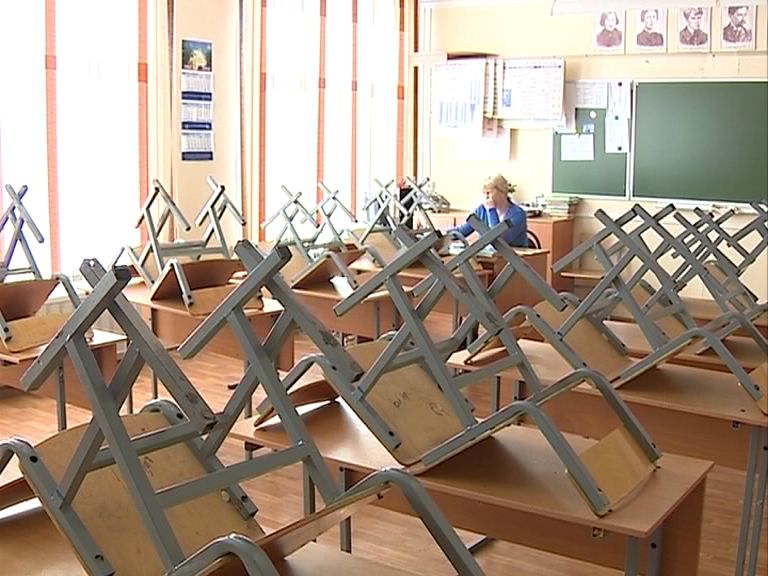 Школьники Ярославской области смогут бесплатно добираться на учебу в другой район