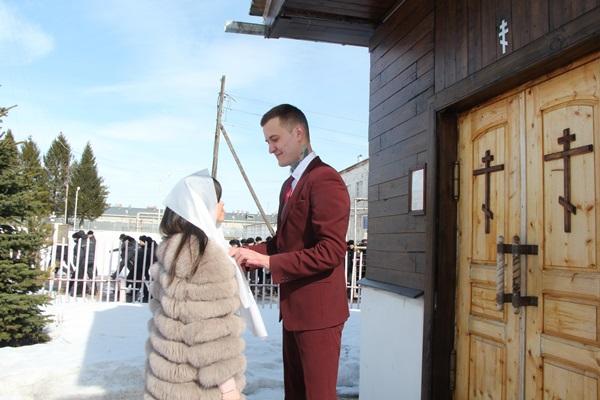 В Рыбинской колонии поженились сразу восемь пар
