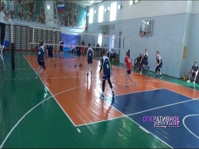 Сергей Шляпников принял участие в турнире УМВД по волейболу