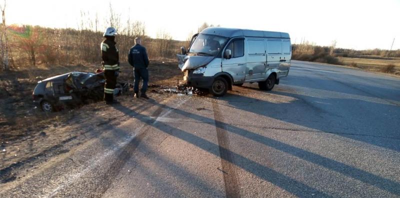 В ДТП с микроавтобусом пострадал человек