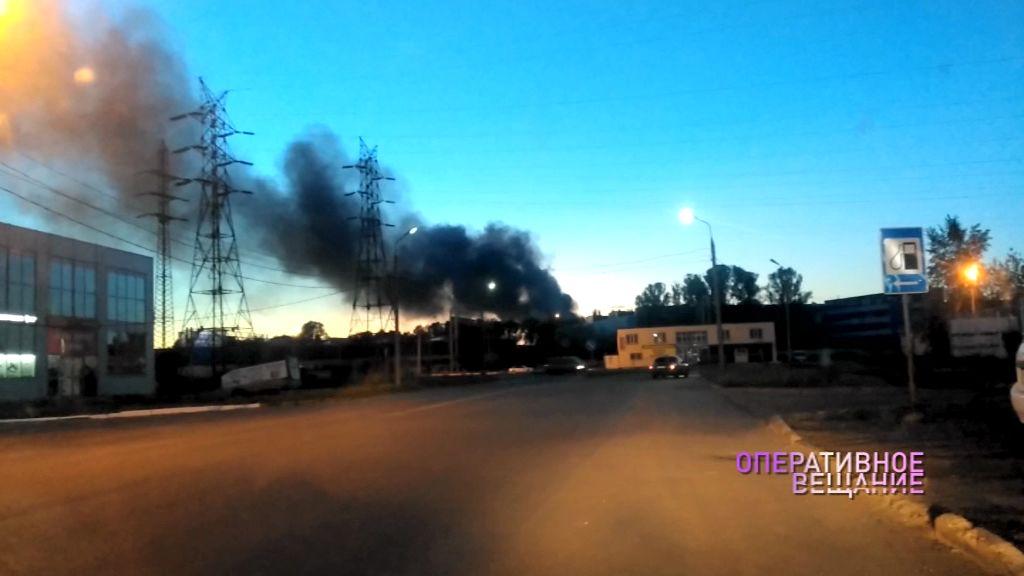 Огромный столб дыма взвился над Ярославлем: что произошло