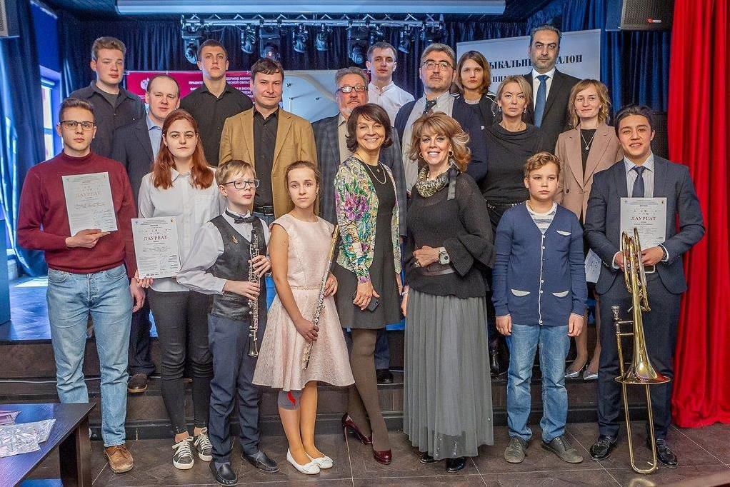 Более 20 молодых пианистов приняли участие в конкурсе «Вятское»