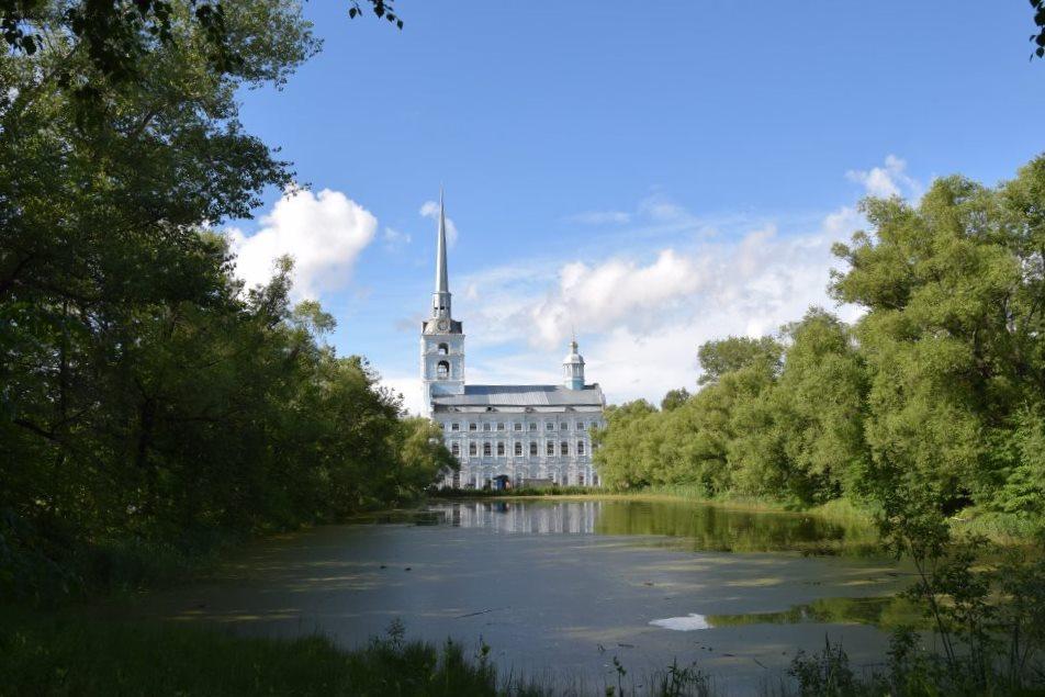 На всероссийской научной конференции обсуждают вопросы истории и восстановления храма Петра и Павла