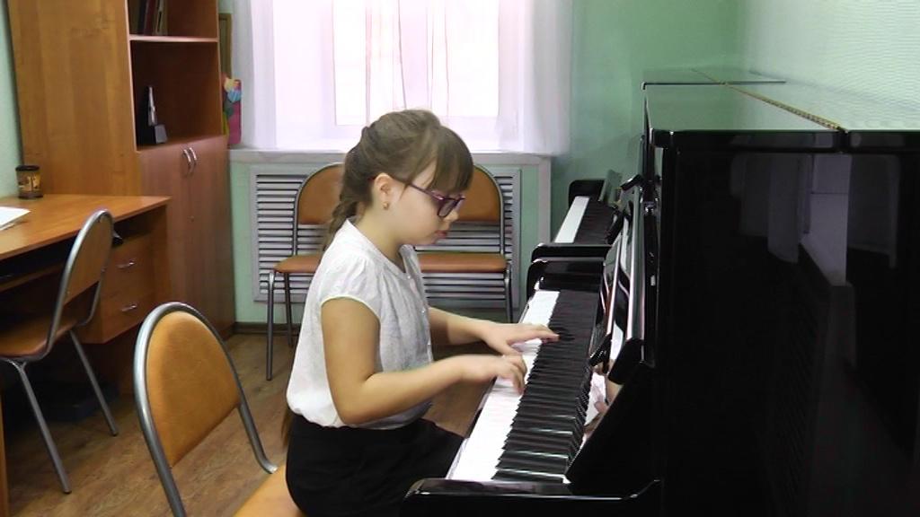 В детских школах искусств Ярославля меняется размер платы за обучение