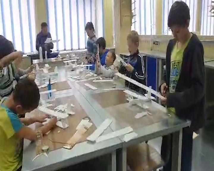 Дмитрий Миронов проверил обновленный центр детского и юношеского творчества в Рыбинске