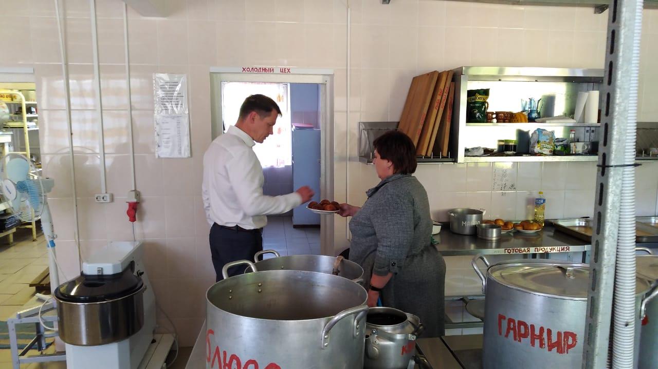 Максим Авдеев: «Идет обновление ключевых основных фондов в детских лагерях»