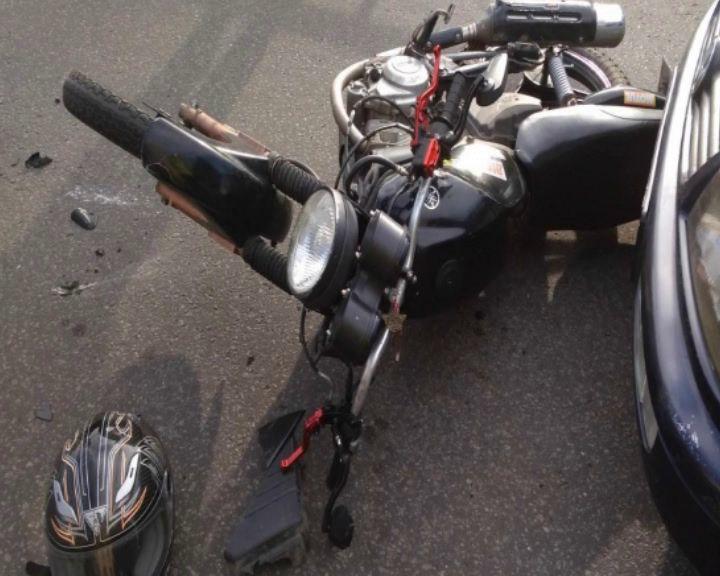В тройном ДТП в Рыбинске пострадал мотоциклист