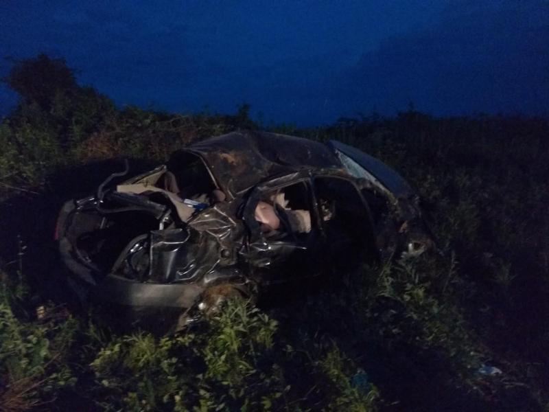 Покорежило как консервную банку: в ДТП в Большом селе погиб водитель «Рено»