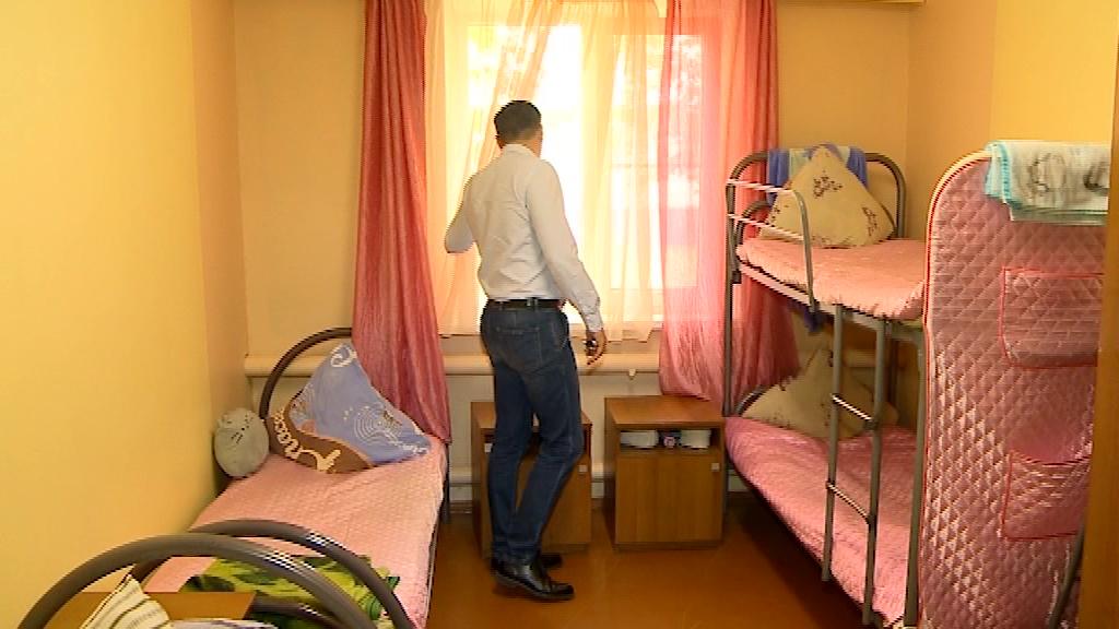 Депутаты облдумы оценили условия в детском оздоровительном лагере
