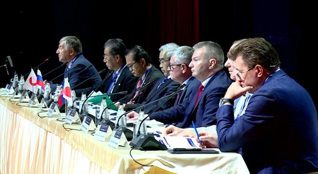 В Ярославле на Российско-японском симпозиуме решают, как диагностировать рак