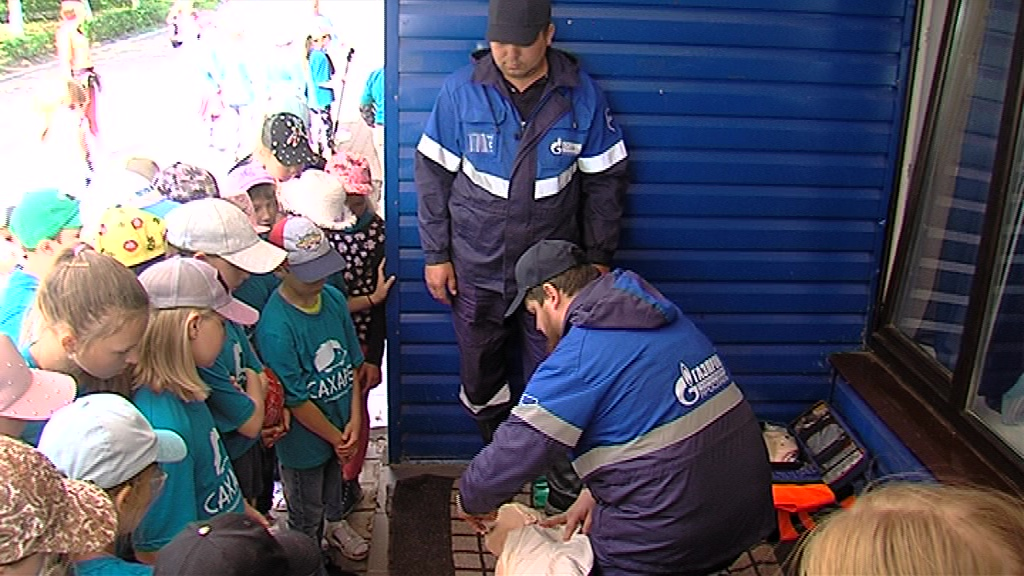 Газовики рассказали отдыхающим в лагерях детям о безопасном использовании голубого топлива