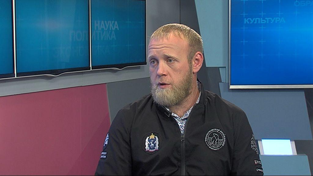 Илья Дианов: Почему опытный волонтер в этом году променял экспедицию в Арктику на Любимский район? И можно ли назвать лето — самым жарким экспедиционным периодом?