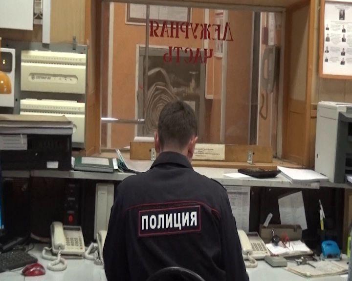 Двое рецидивистов залезли в дом к жительнице Рыбинского района