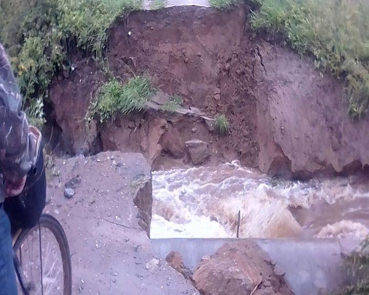В районах региона ликвидируют последствия подтопления дорог