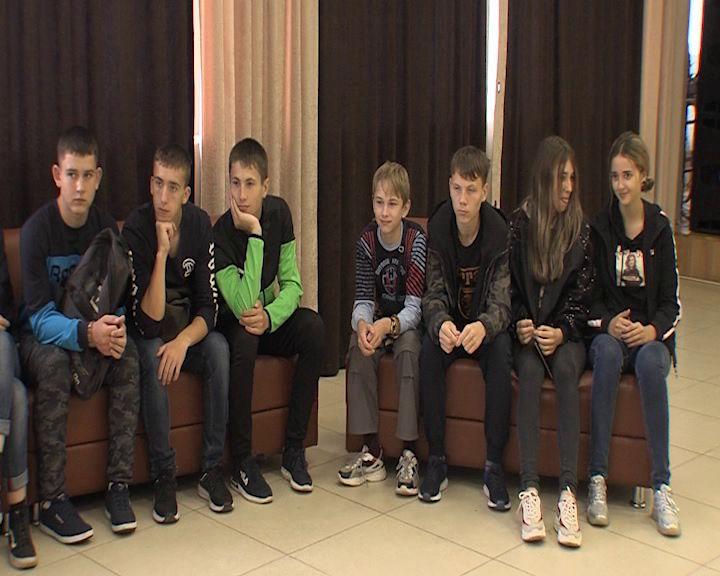 Дети из Иркутской области познакомятся с Волковским театром
