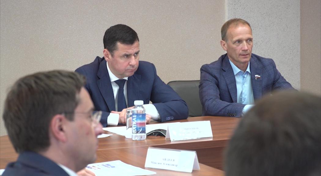 Дмитрий Миронов провел рабочую встречу с президентом союза биатлонистов России