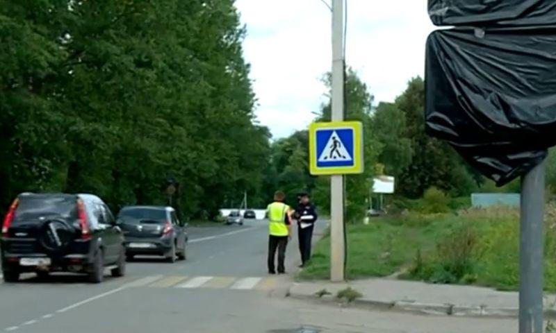 Жители Брагина встали в огромную пробку из-за перекрытого Тутаевского шоссе