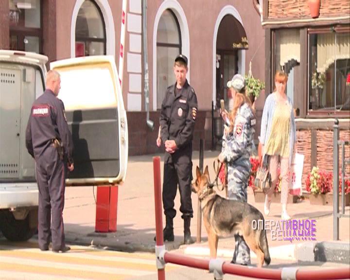 На главной пешеходной улице Ярославля задержали бездомных