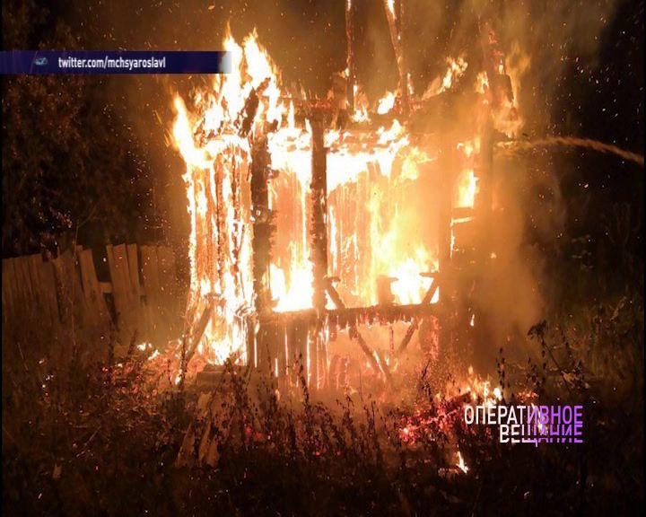 В деревне Шипино дотла выгорел жилой дом