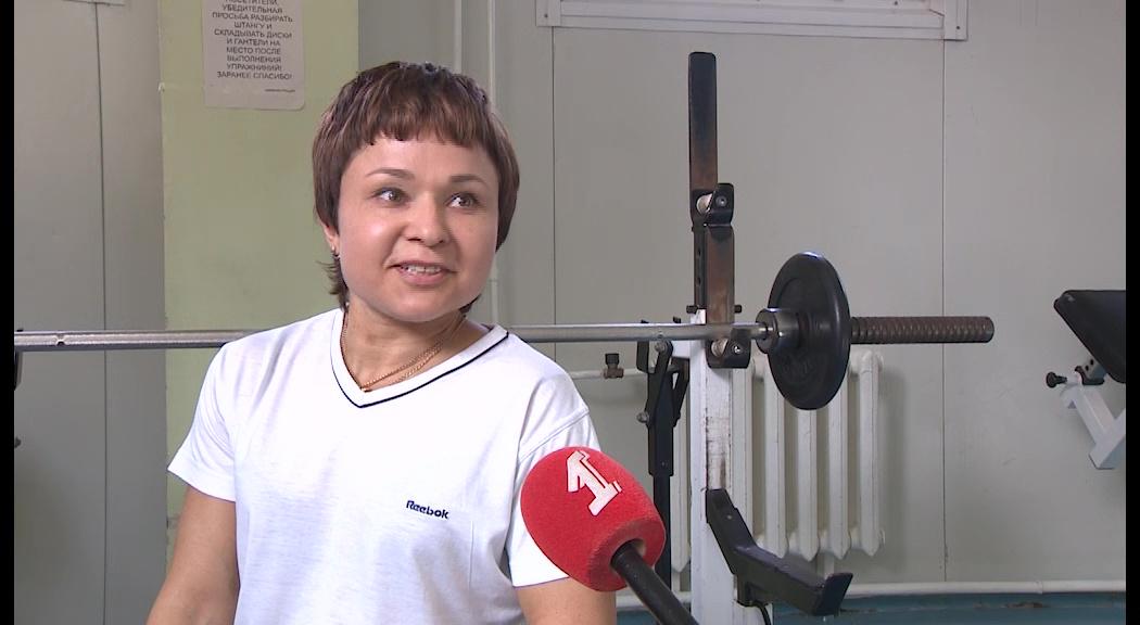 Преодолевая барьеры: инвалид-колясочник из Ярославля стала мастером спорта по пауэрлифтингу