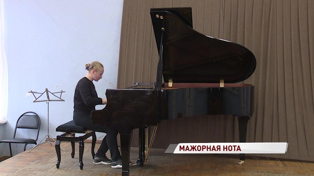 В музыкальное училище имени Собинова привезли новые инструменты и оборудование
