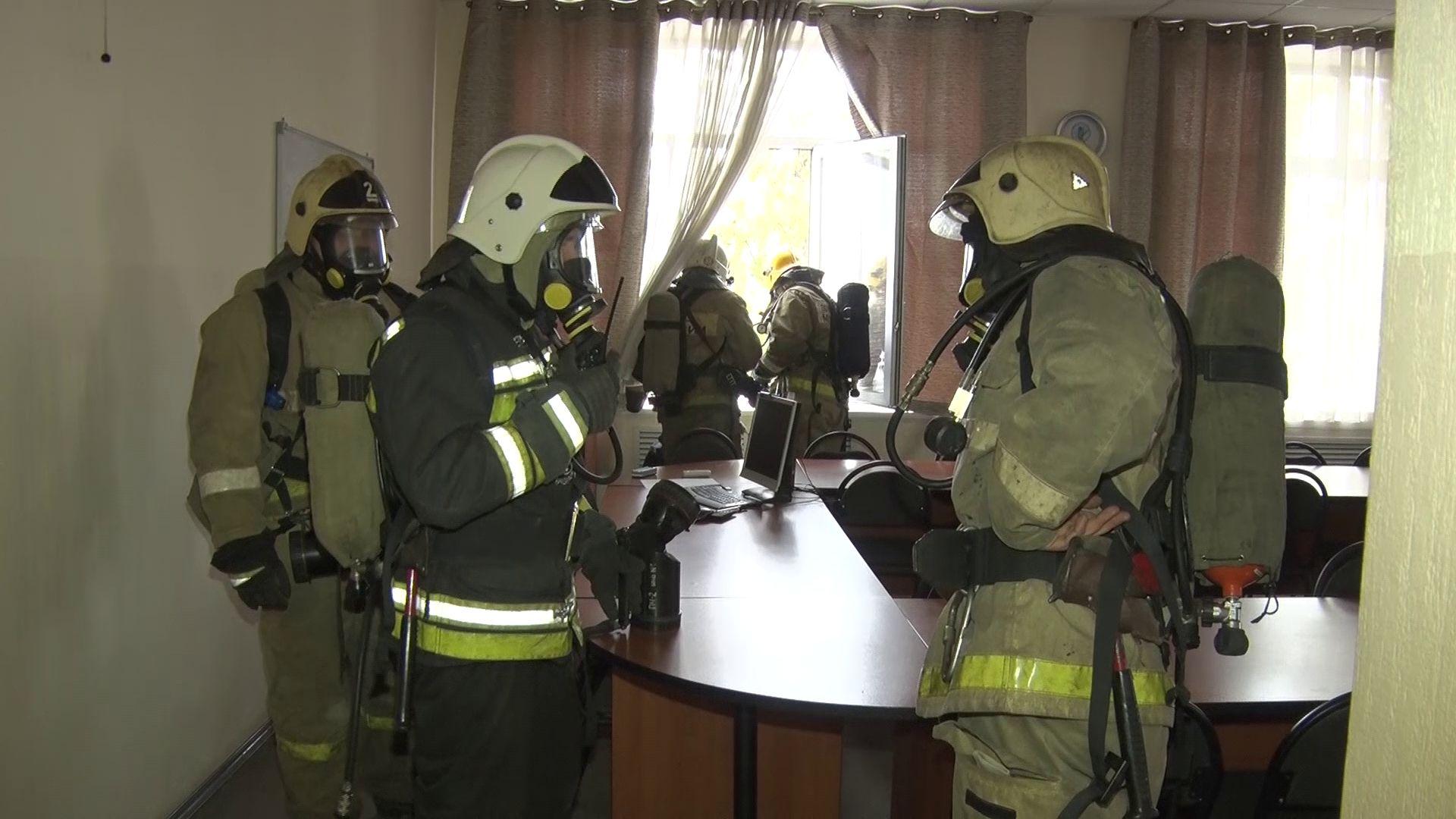 В Ярославле эвакуировали учащихся сразу нескольких образовательных учреждений