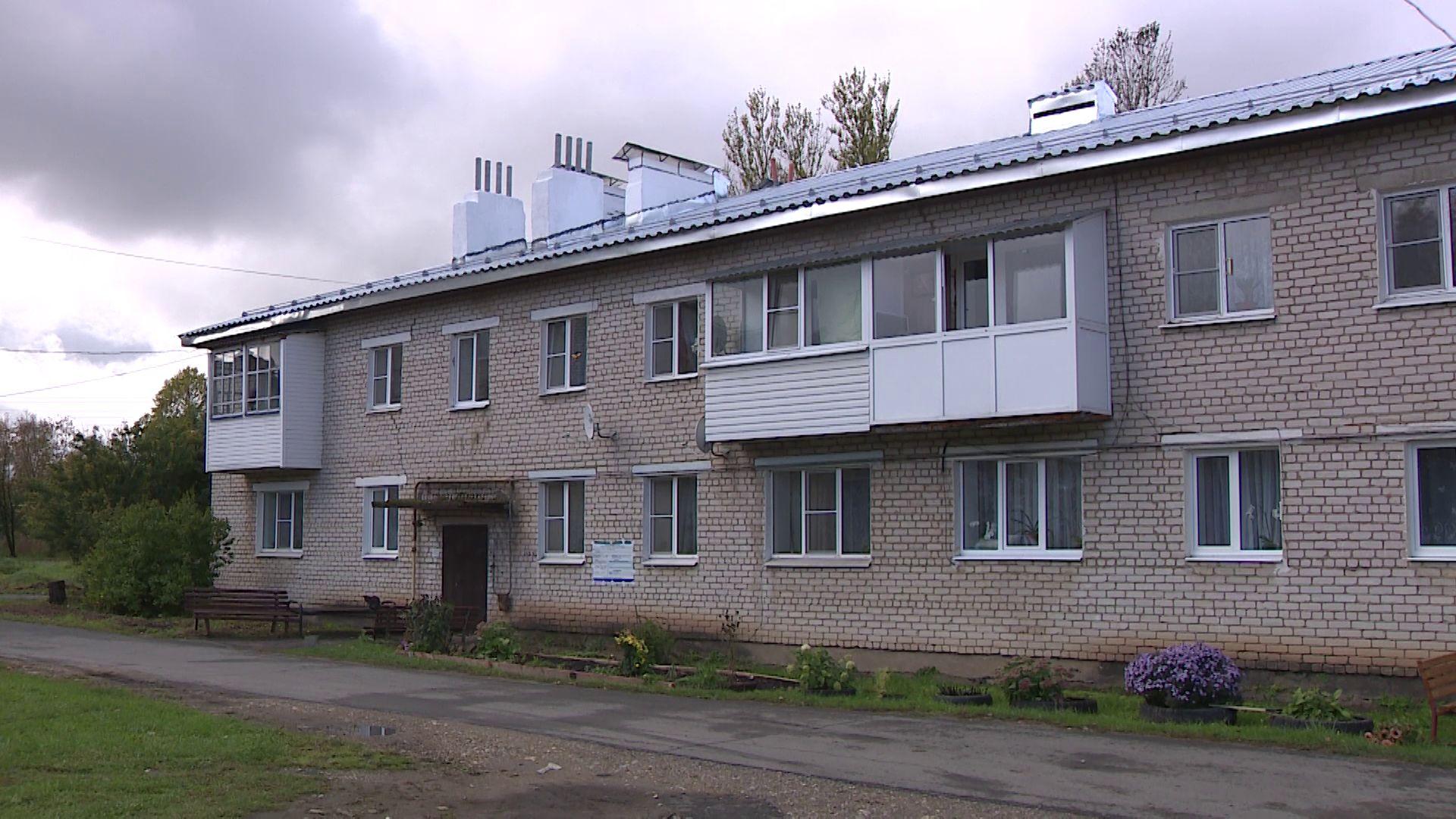 В Любимском районе три капремонта сдали раньше срока