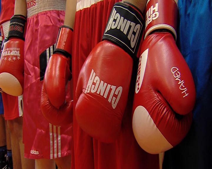 По поручению Дмитрия Миронова в боксерском зале на улице Гагарина сделали ремонт