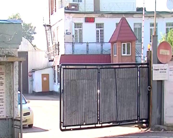 Заволжский суд избирает меру пресечения сотруднику ИК-1, подозреваемому во взяточничестве