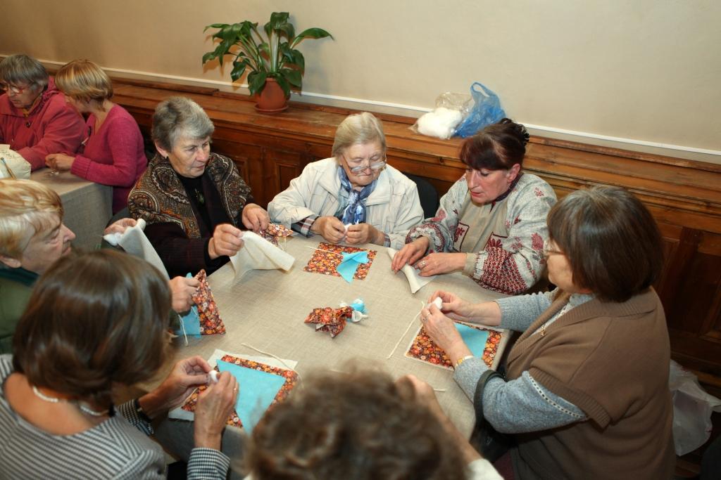Пожилых людей приглашают на бесплатные дни открытых дверей в музеи Ярославской области