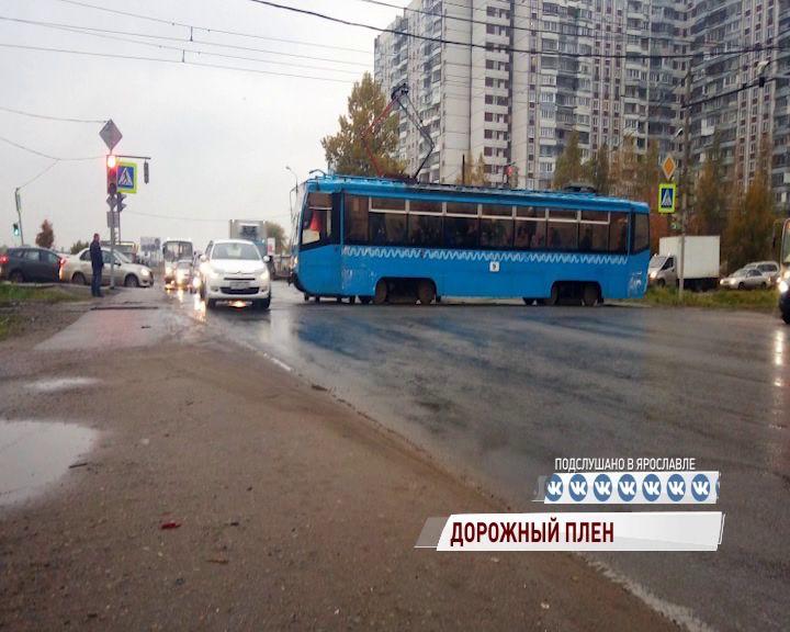 Жители целого микрорайона в Брагине сегодня утром стали заложниками аварии