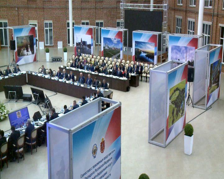 Дмитрий Миронов рассказал о защищенности региона на выездном совещании секретаря Совета Безопасности