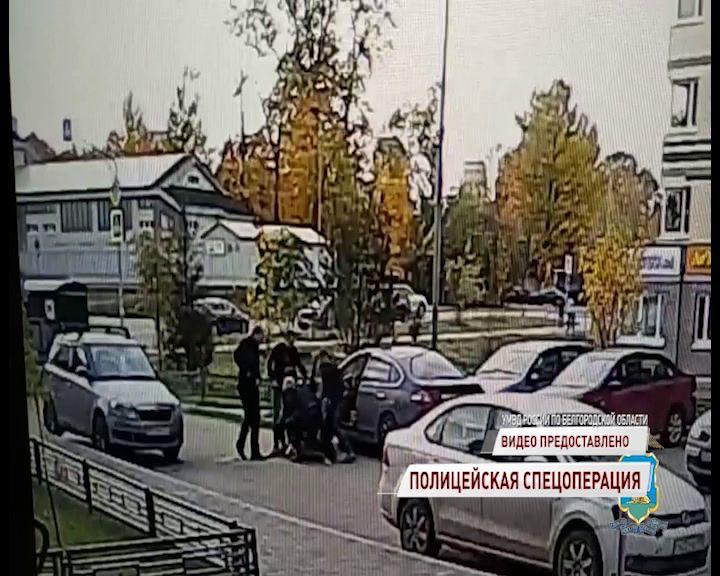 В Ярославле задержали подозреваемого в краже трех миллионов рублей из банкомата