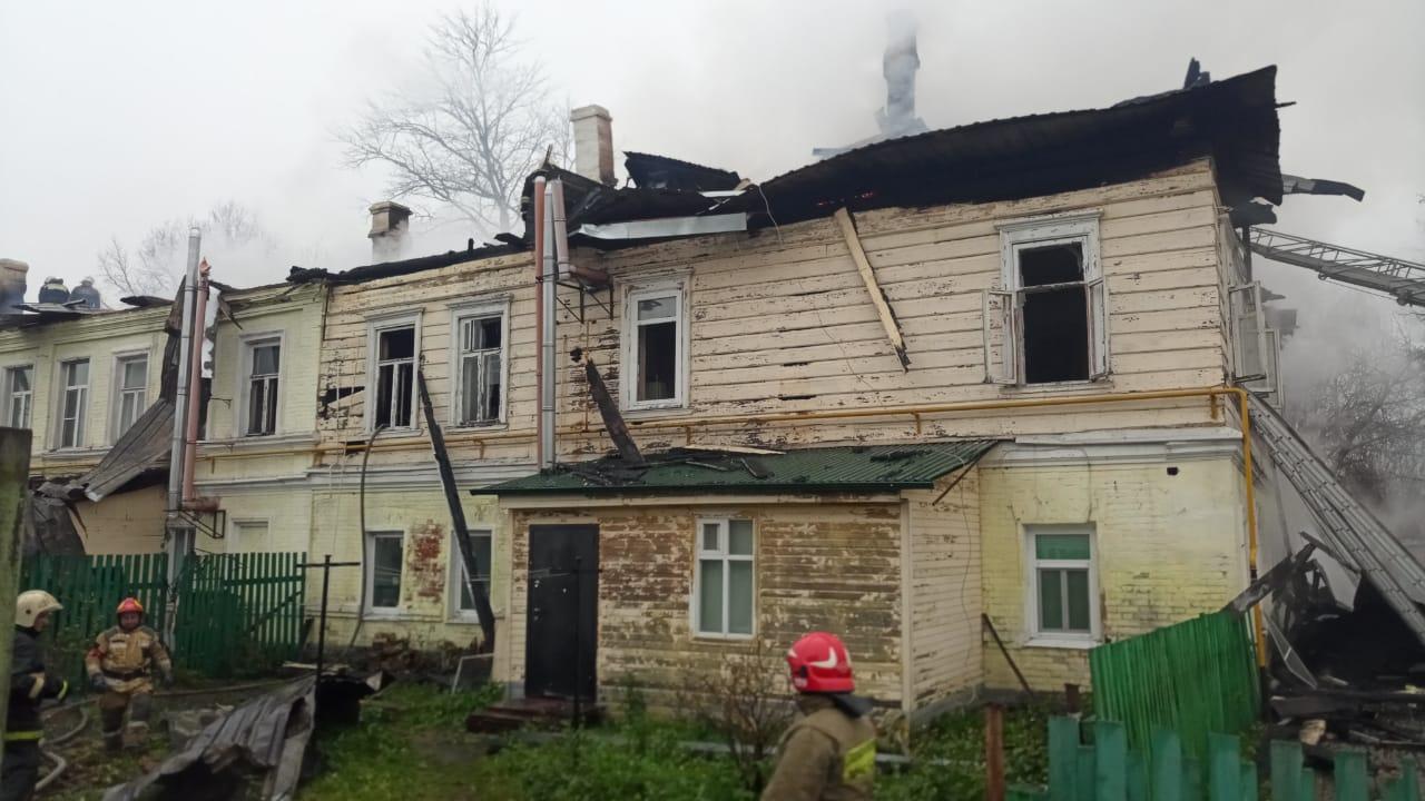 Пять погибших детей и уголовное дело: в Ростове загорелся многоквартирный дом