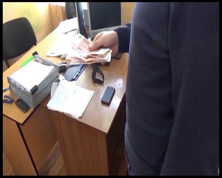 Бывшего топ-менеджера ярославского медуниверситета обвиняют во взяточничестве