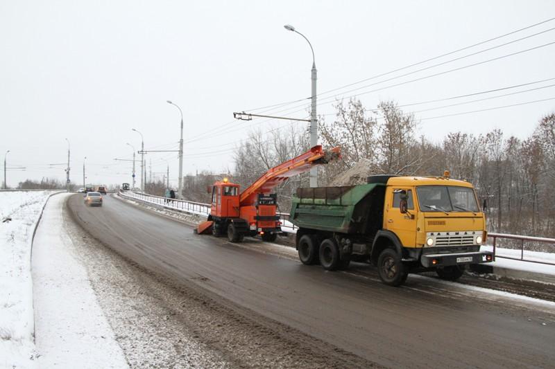 Стало известно, кто займется уборкой рыбинских дорог от снега