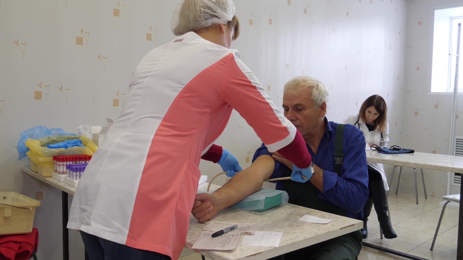 Сотрудники переславского предприятия прошли диспансеризацию прямо на рабочем месте