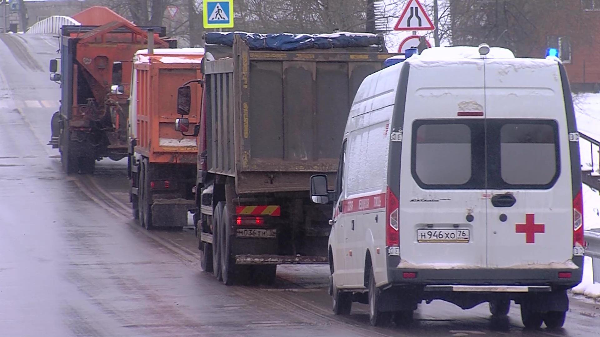 Берега Солоницы в Некрасовском вновь соединились: запущено движение по новому мосту