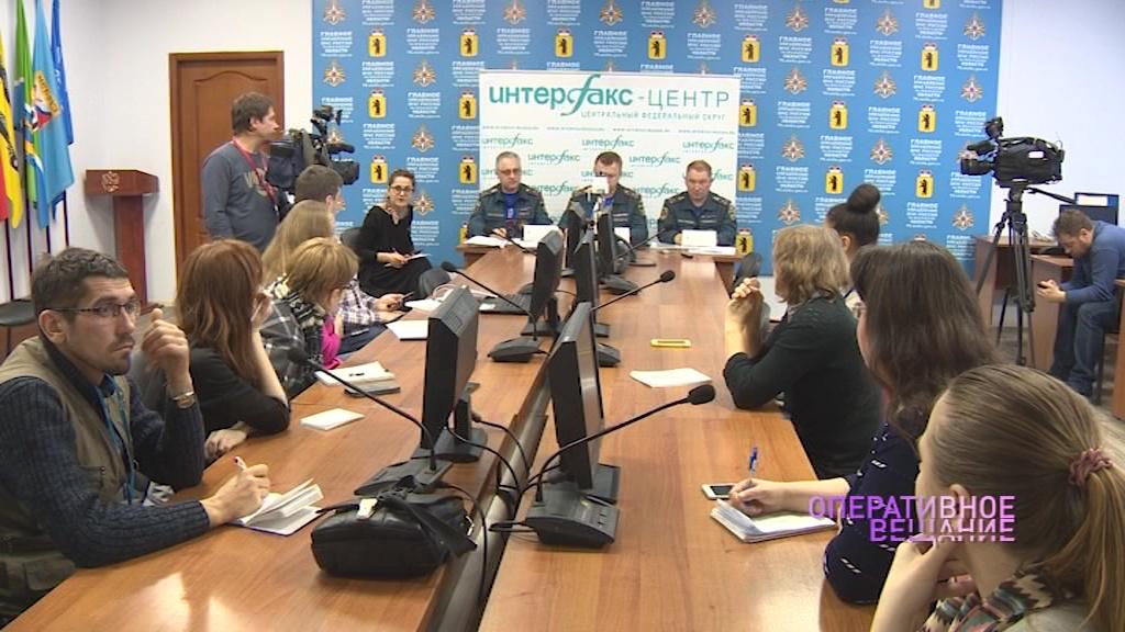 В МЧС рассказали подробности пожара в Ростове, где погибли восемь человек