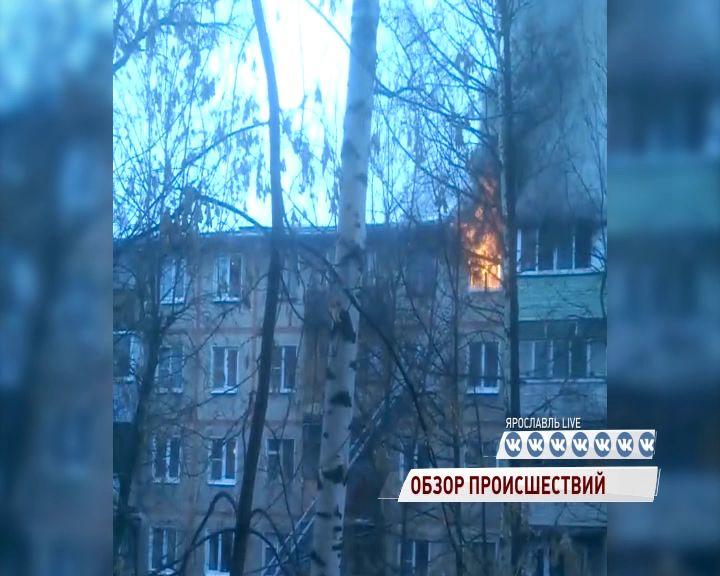 В Брагине из полыхающей квартиры спасли двоих детей