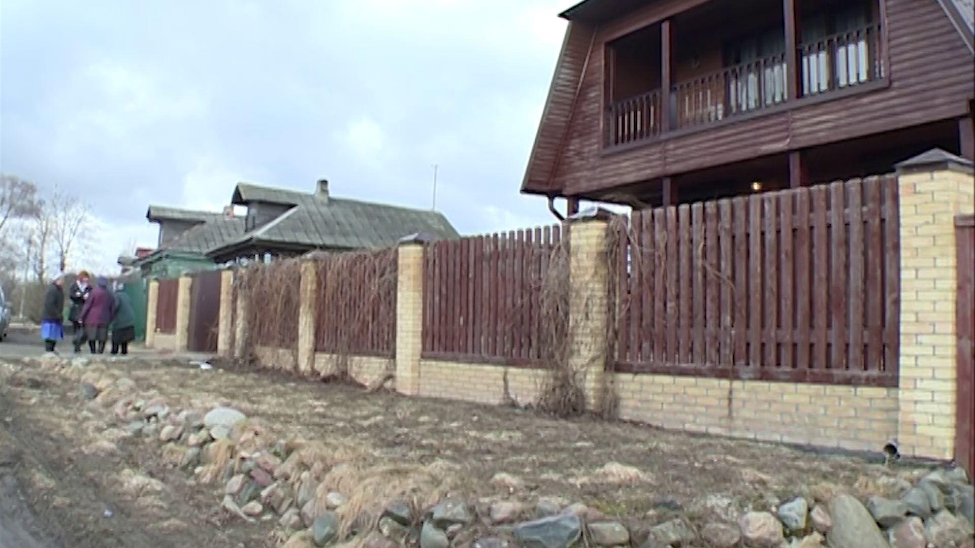 Ярославна ударила бывшую жену своего мужа лопатой из-за рассады
